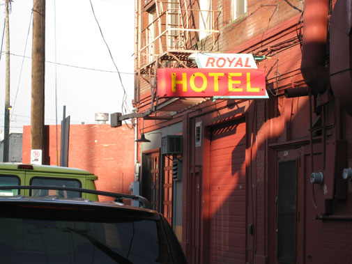 royal_hotel.jpg