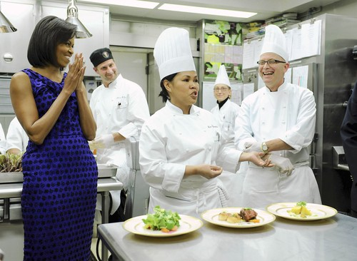 michelle_obama_kitchen.jpg
